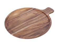 Wooden serveware is part of the new Artesano mixed-material collection. villeroy-boch.com