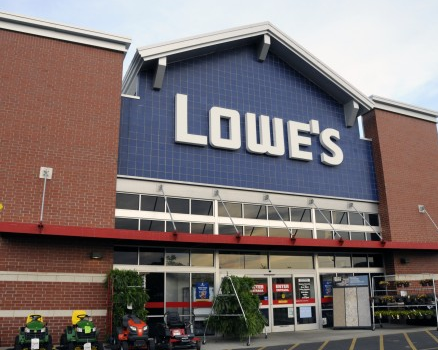 Lowe's Rose Sales & Earnings in Q3, Names Maltsbarger CDO