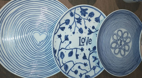 These textured plates part of Ellen DeGeneresu0027 Royal Doulton London collection add style & Whatu0027s Trending at the New York Tabletop Show 2017   Gifts u0026 Dec