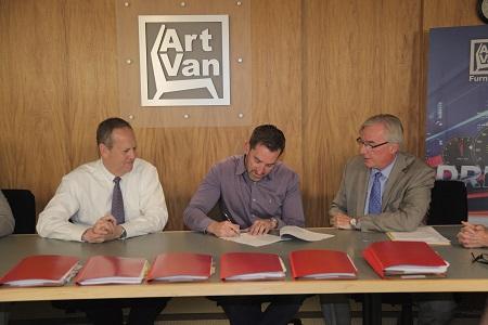 Art Van Buying St Louis Franchise Stores Furniture Today