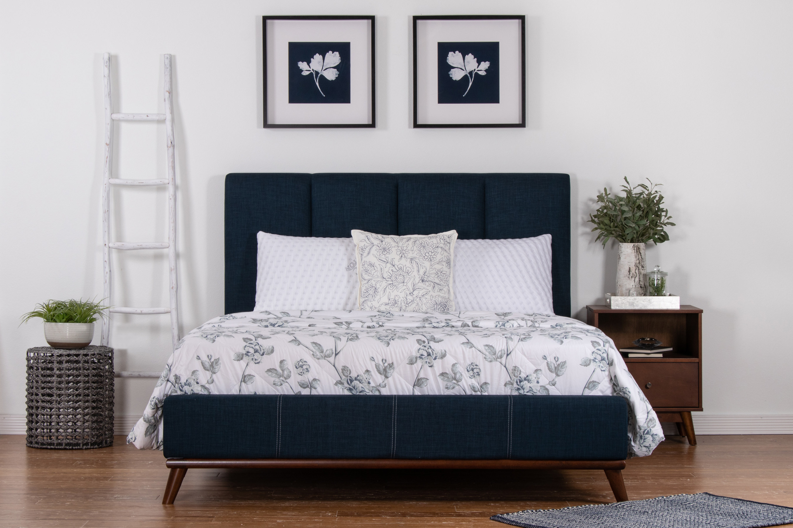 Brooklyn Bedding pillows